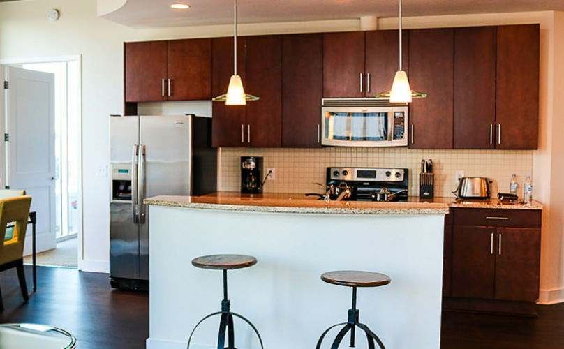 pendant lighting in kitchen